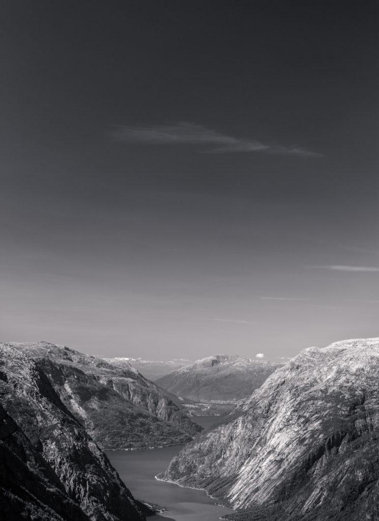 Hardangerfjord schwarzweiß