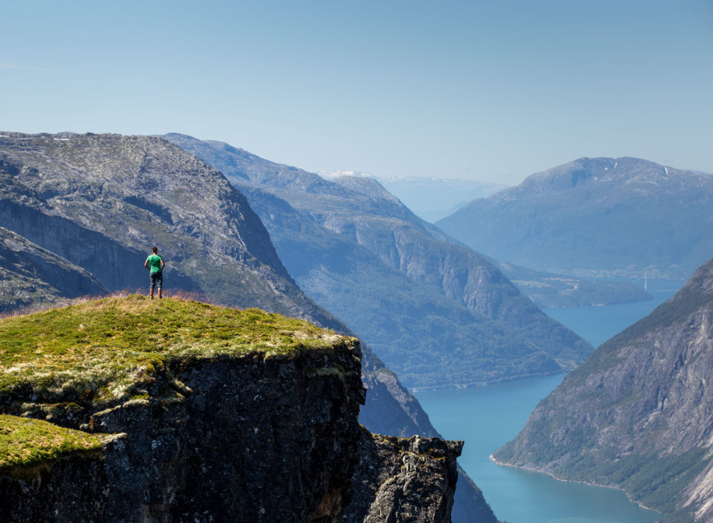 Hardangerfjord Mensch