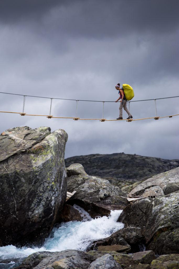 Hängebrücke Hardangervidda Wasserfall