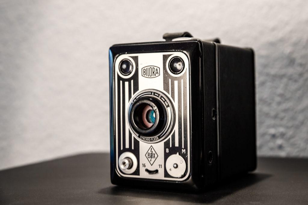 Analoge Kamera Bilora Box Syncro Compur
