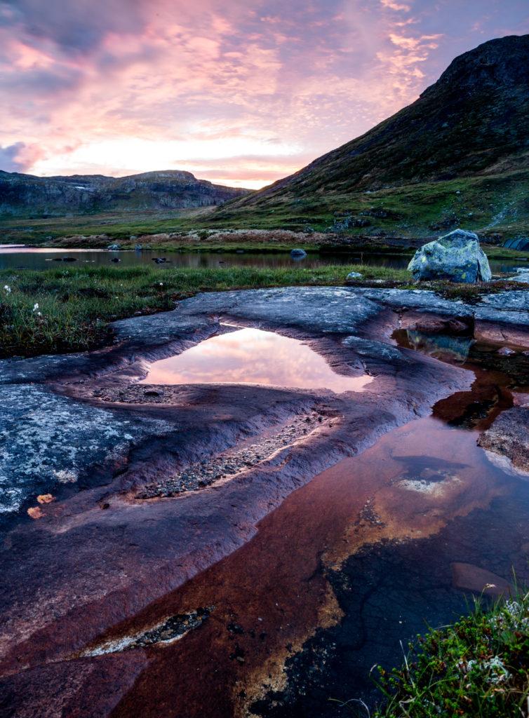 Reflektionen Wasser Felsen Berge