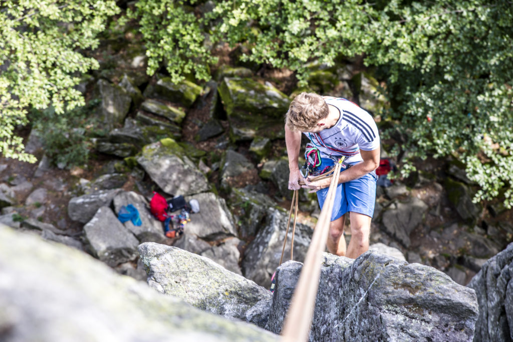 Klettern Steinwand Rhön, Abseilen