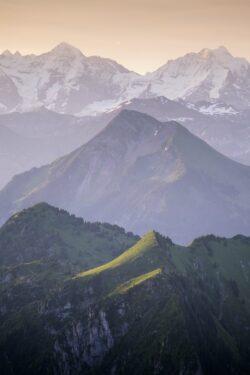 Berglandschaft im Sonnenaufgang Gantrisch